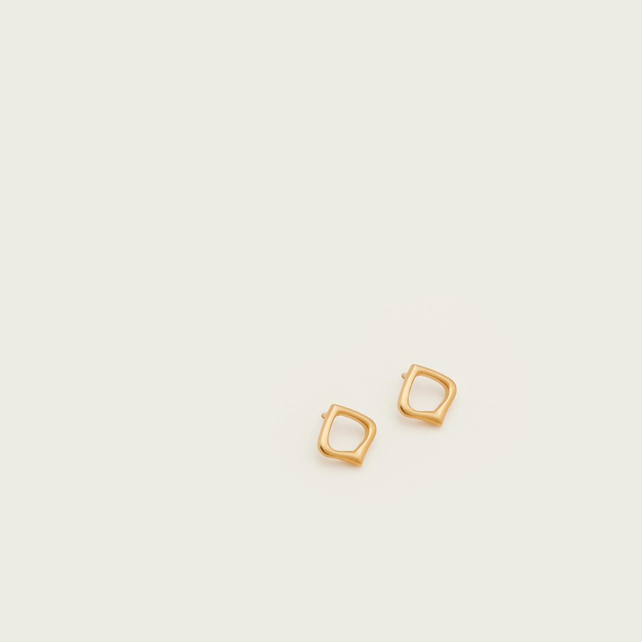 Moznabi Jewellery – Essence of Persia – Gold Studs