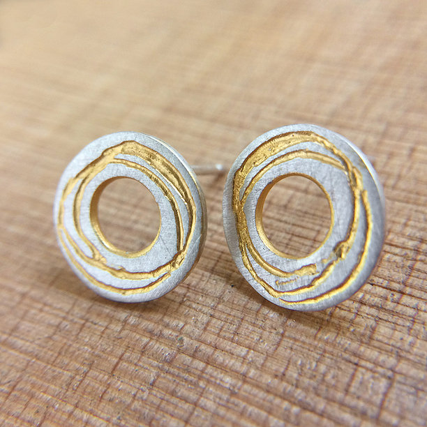 KS84A Circular Silver Earrings With Gold Detail3